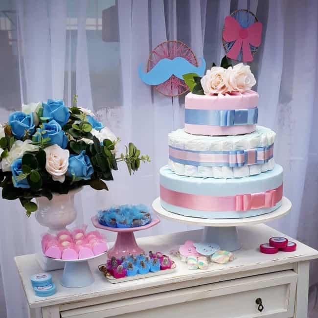 bolo de fraldas azul e rosa