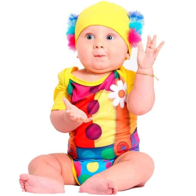 Fantasia de Carnaval de palhacinho para bebê29