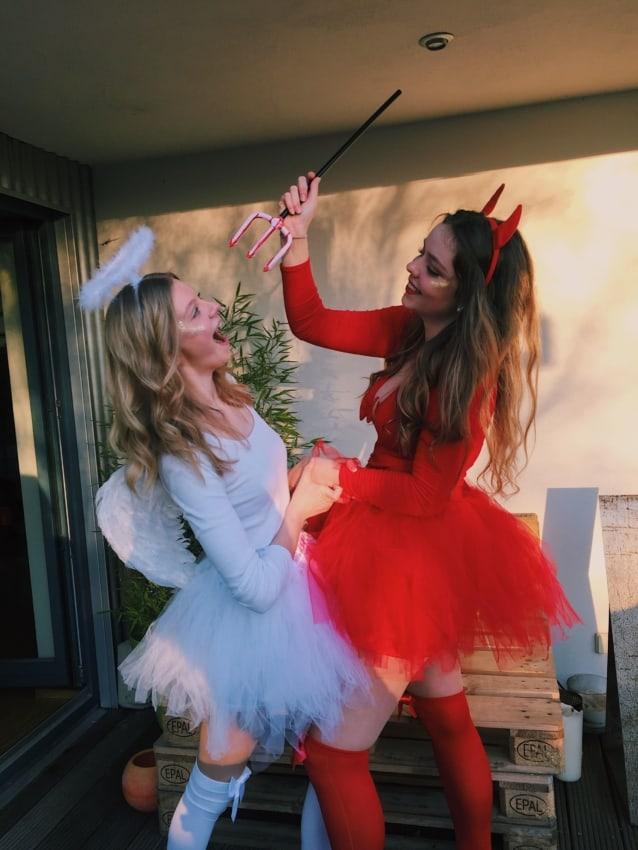 Fantasia de Carnaval feminina de diabinha com meia vermelha7