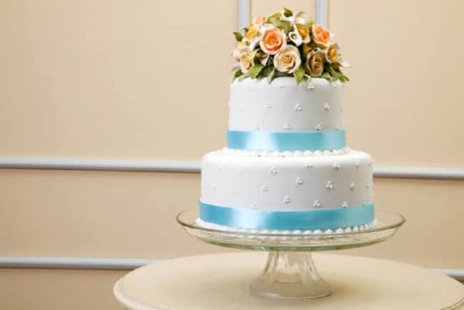 Lindo bolo de casamento Azul