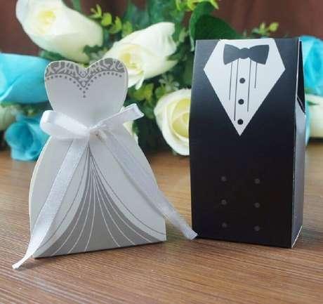 lembrancinha de casamento simples caixinha com doces