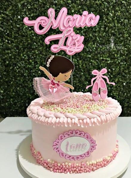 bolo de chantilly cor de rosa