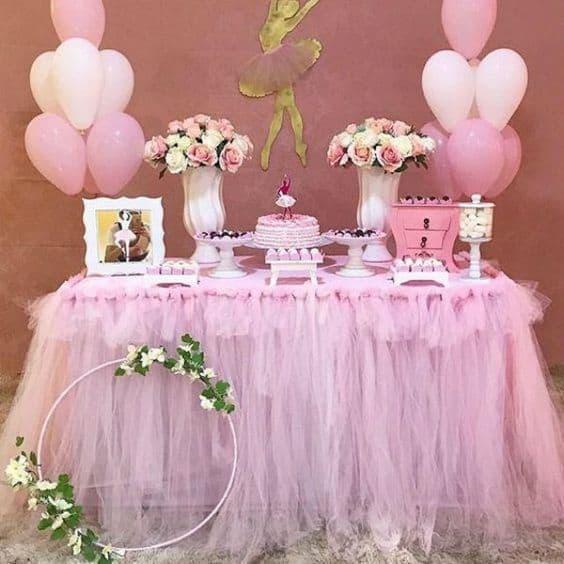 decoração simples para chá de bebê rosa