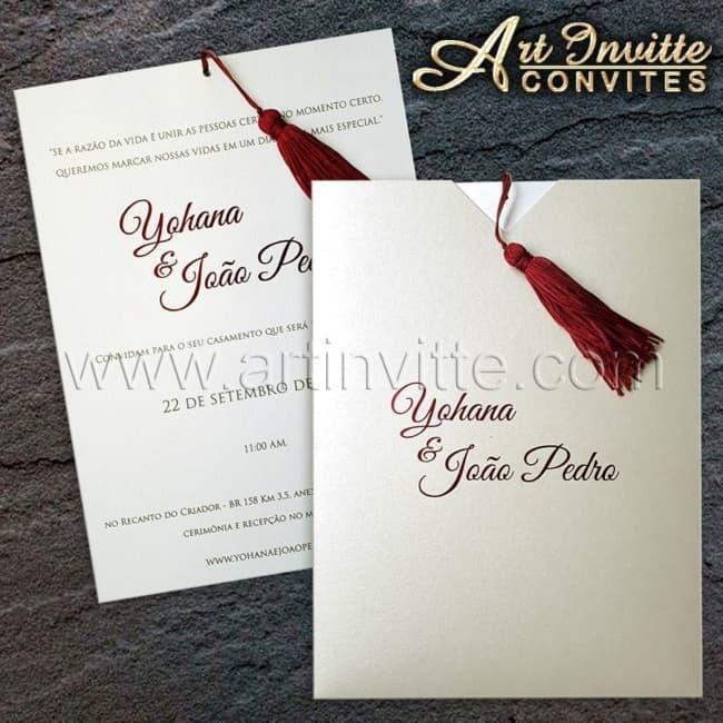 Convite de casamento em papel metálica curious branco16