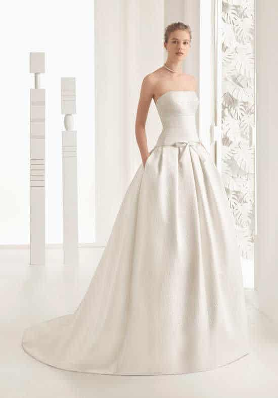 Dica de vestido evasê para noiva minimalista
