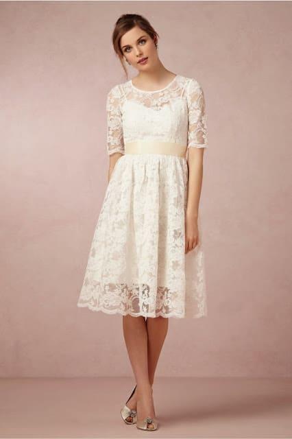 O vestido que marca a cintura é melhor para noivas baixinhas