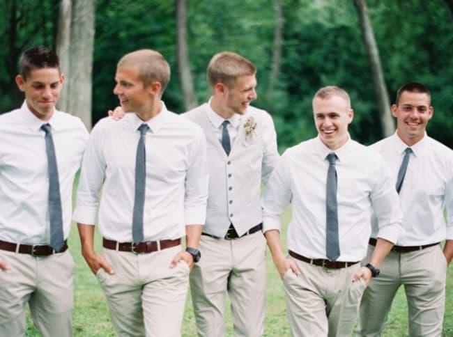 Padrinhos somente com a gravata