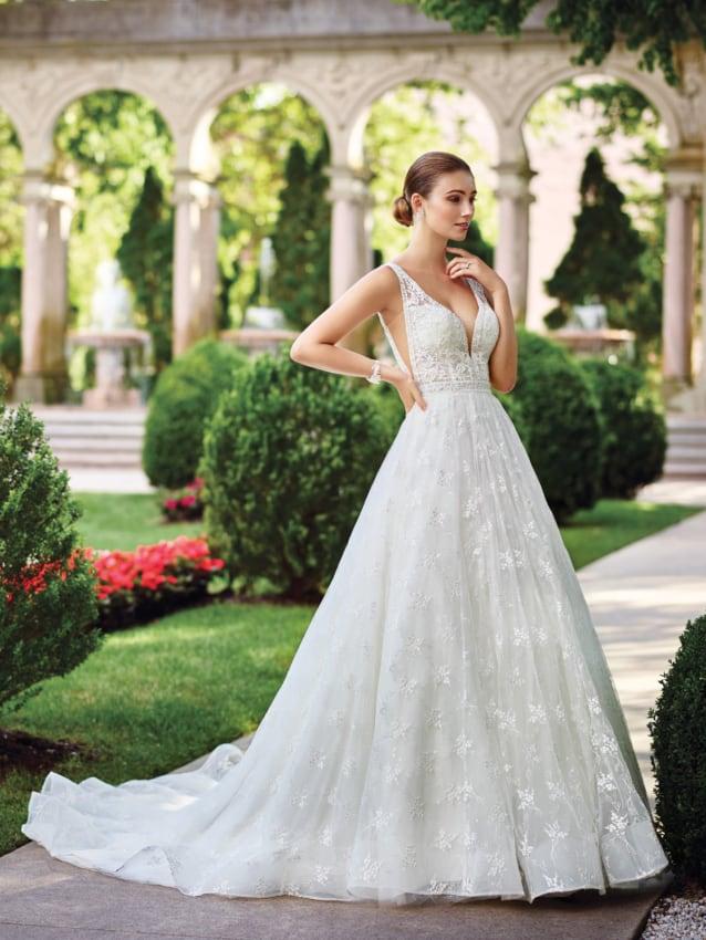 Vestido de noiva com renda delicada