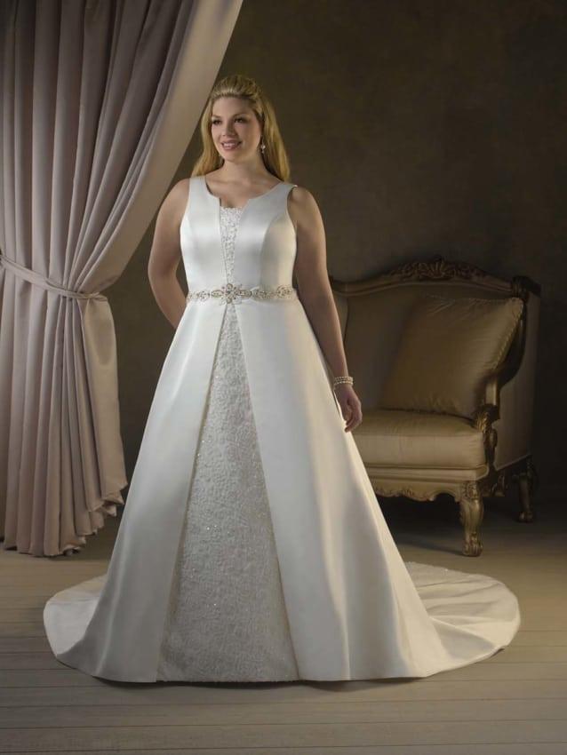 Vestido diferente para noiva plus size