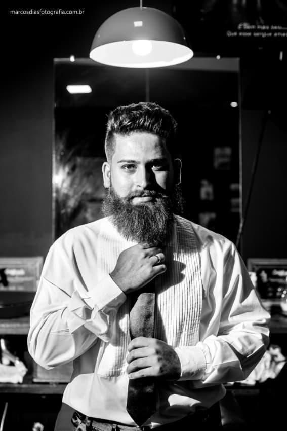 dia do noivo em barbearia