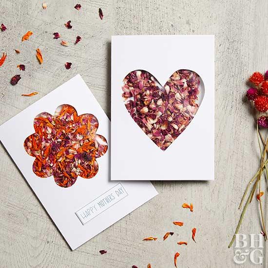 cartão com flores secas dia das mães