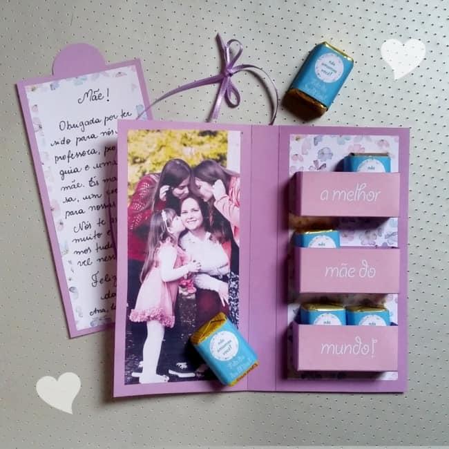 cartão com chocolate para dia das mães