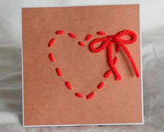 cartão decorado com lã para dia das mães