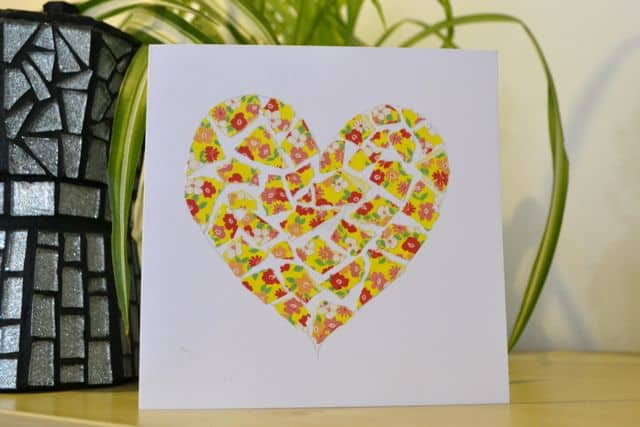 cartão decorado com tecido para dia das mães