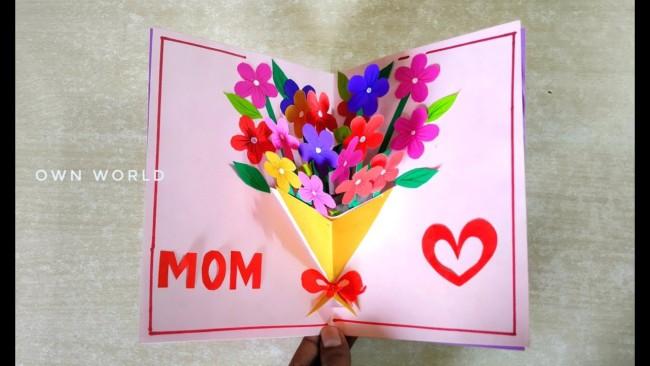 cartão 3D com buquê de flores