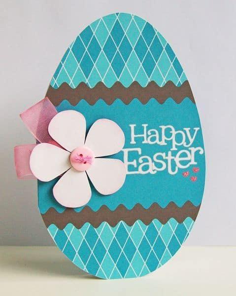 Cartão de páscoa artesanal com ovo e flor
