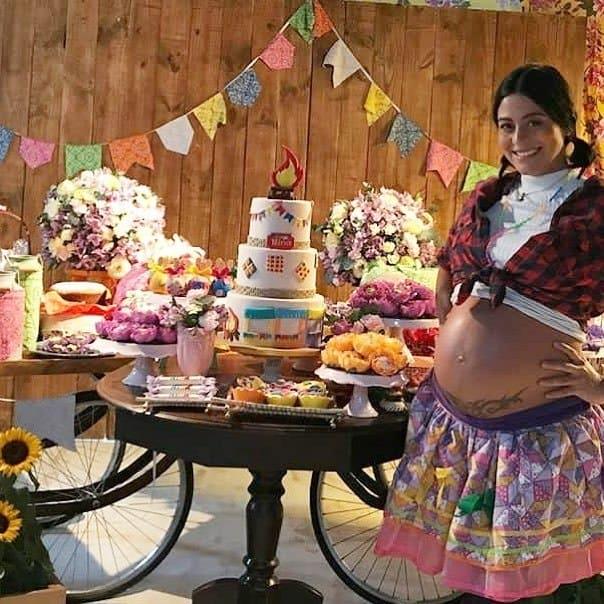 Chá de bebê das famosas Carol Castro