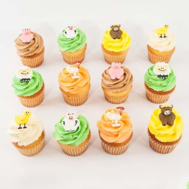 Cupcake fazendinha claro com bichinhos