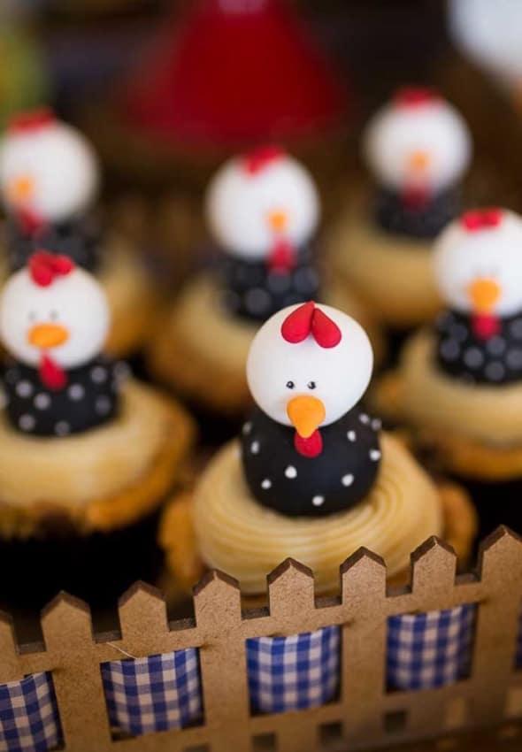 Cupcakes de galinha dangola