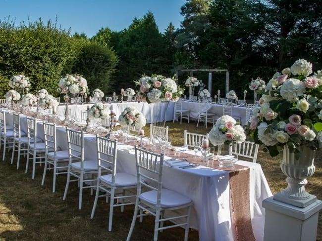 Festa de casamento dos sonhos com decoração ao ar livre4