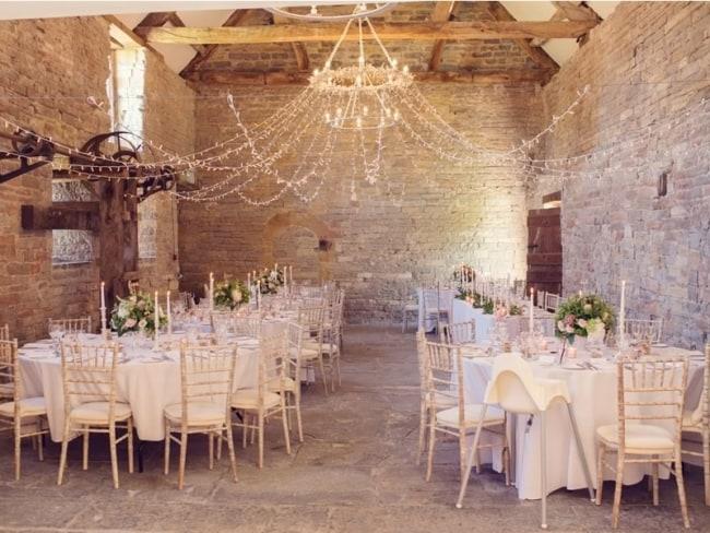 Festa de casamento dos sonhos com decoração rústica2
