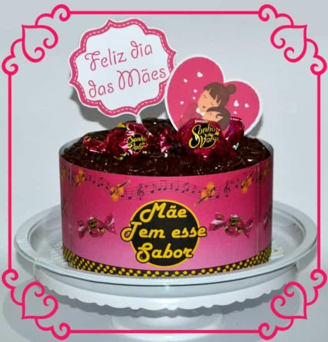 Homenagem para o dia das mães bolo decorado com bombom