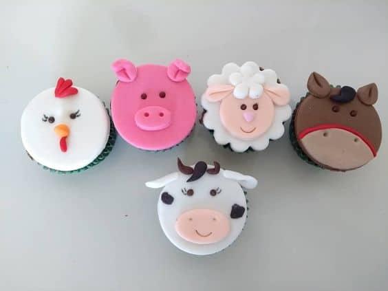 Ideia de cupcake de fazendinha com bichinhos