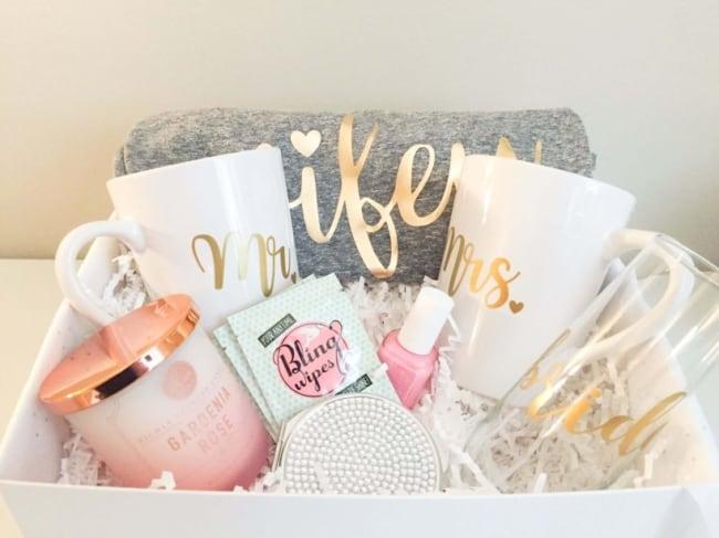 Kit personalizado para presente de casamento criativo3