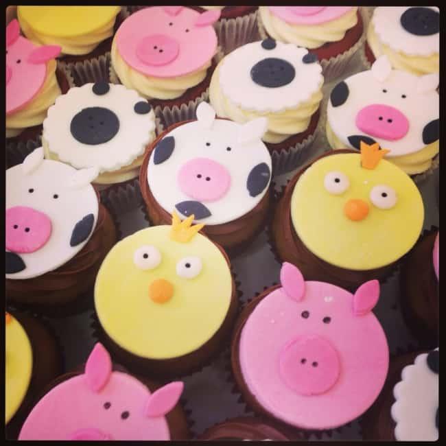 Maneira de fazer cupcake de fazendinha