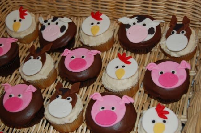 Modelo de fazer cupcake de fazendinha
