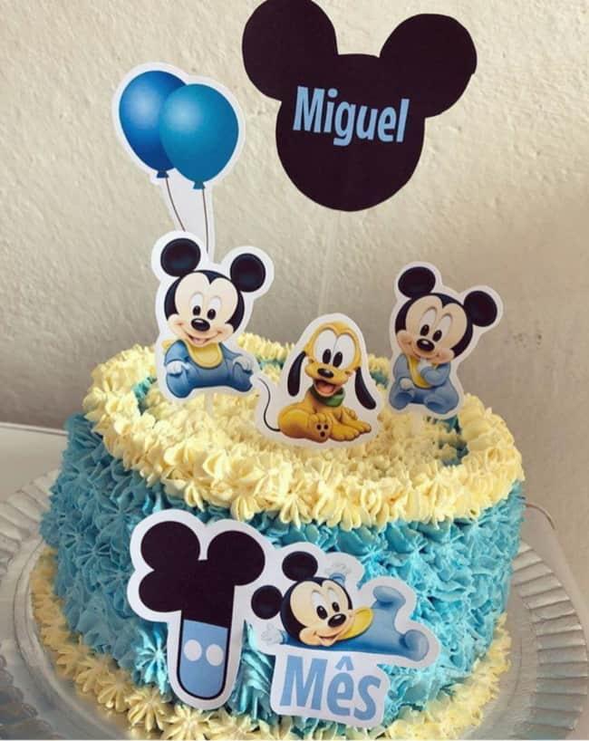 Bolinho com tema Mickey Baby