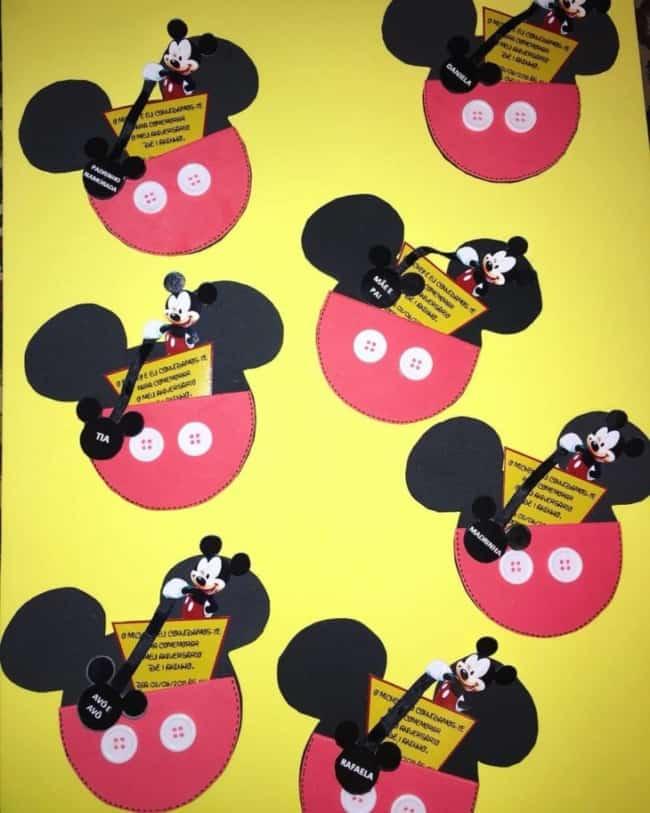 Convites de papel do Mickey