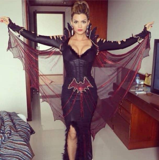 Fantasia de Drácula feminina vampira
