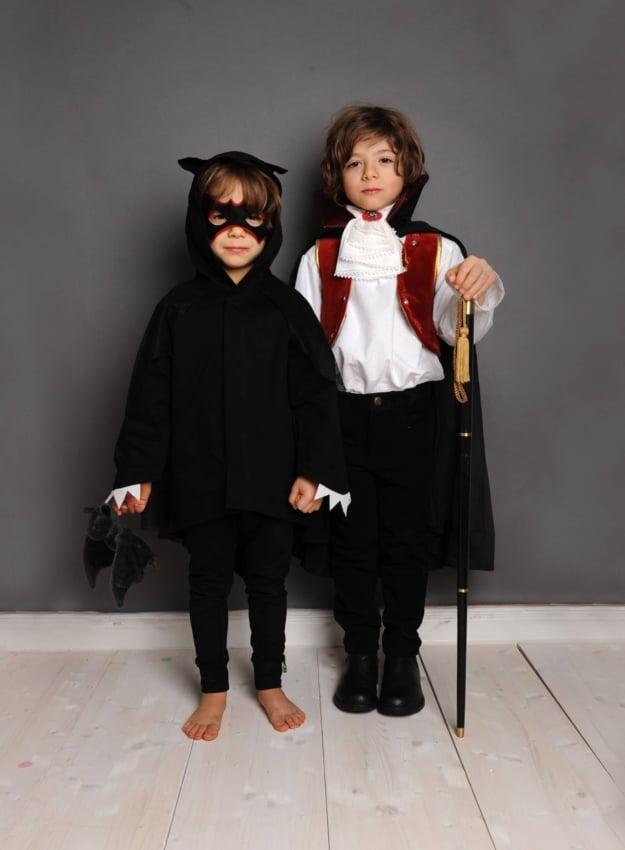 Fantasia de Drácula infantil e morcego