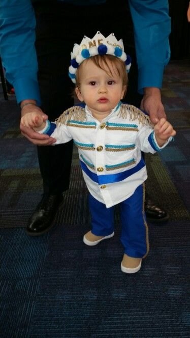 Fantasia de príncipe para bebê luxo