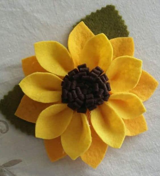 Flor girassol de feltro