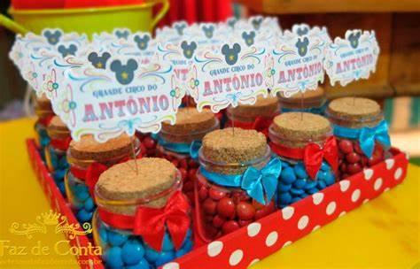 Potinhos do Mickey com balinhas