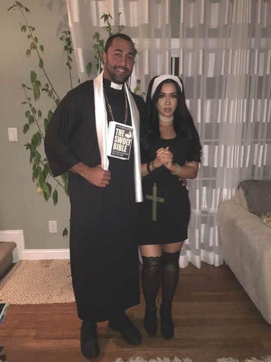 fantasia simples de freira e padre