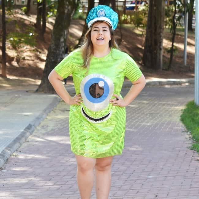 fantasia de carnaval com vestido plus size