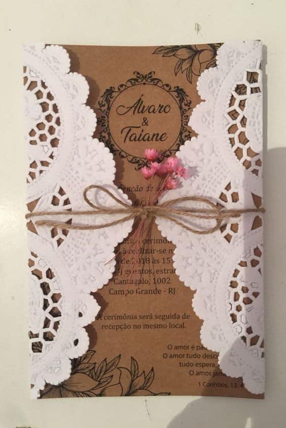 convite simples para casamento com papel rendado