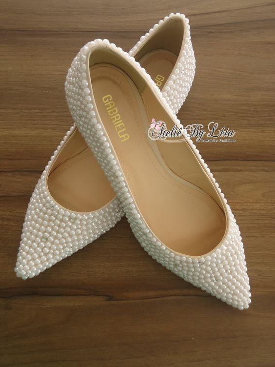 DIY de sapatilha com pérolas para noiva