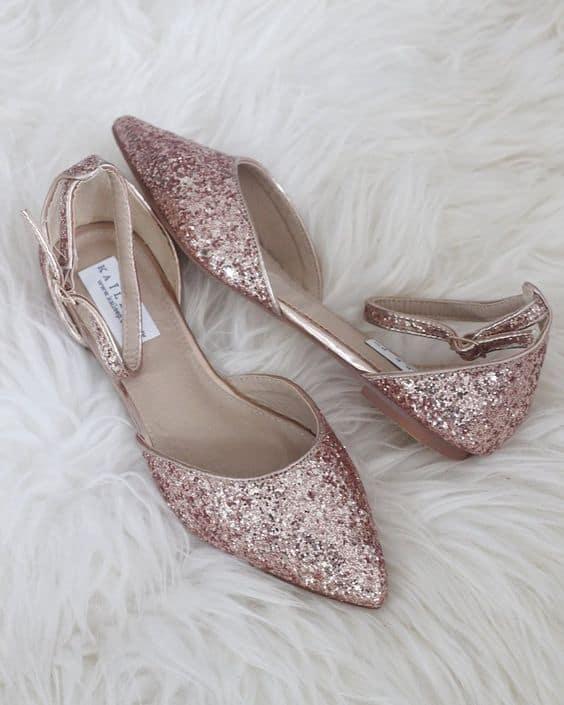 Dica de sapatilha brilhante para noiva