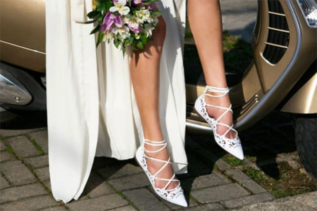 Inovar no visual da noiva com sapatilha