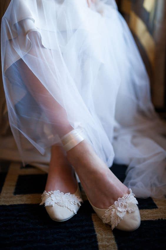 Noiva de sapato baixo