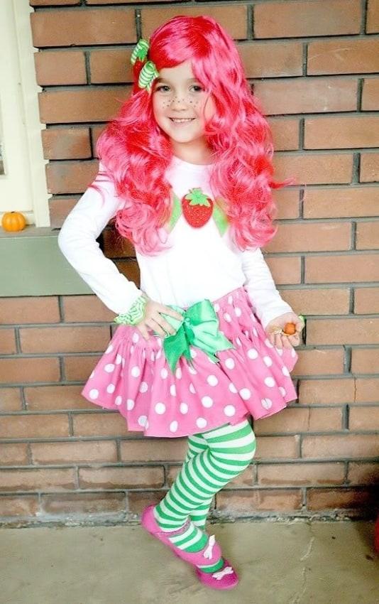 fantasia moranguinho menina com peruca rosa