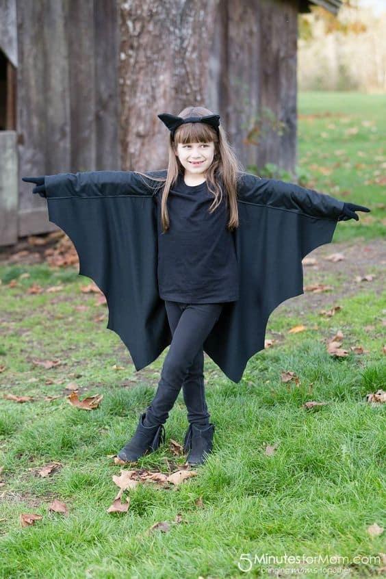 fantasia de menina simples com asas de morcego