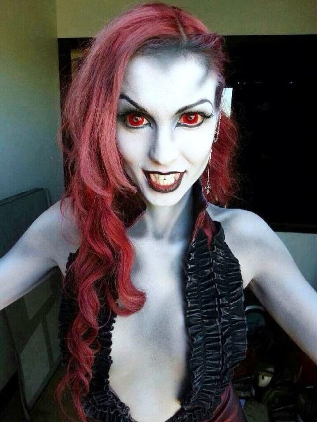 fantasia feminina assustadora de vampira