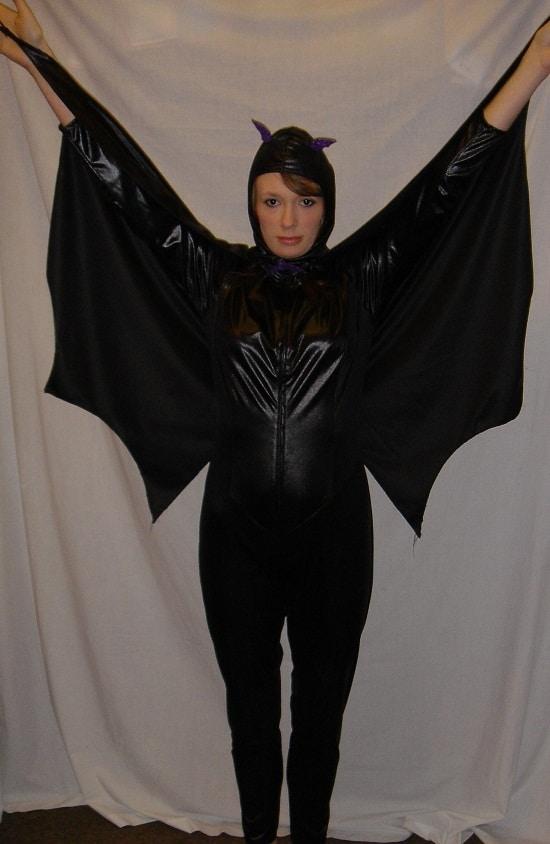 modelo de fantasia de halloween feminina