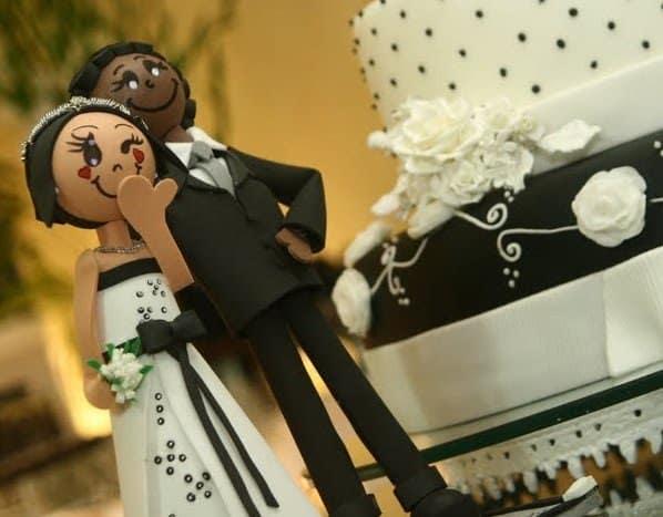 noivinhos em EVA para topo de bolo