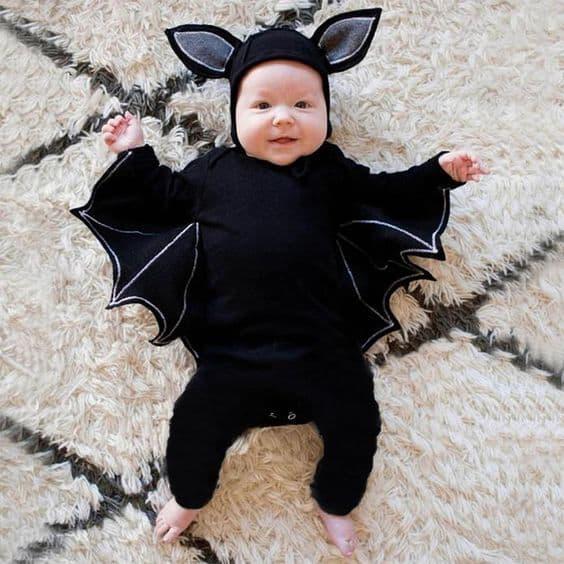 fantasia de bebê com asas de morcego